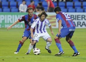 Haciendo el canelo. (Huesca 1- Vall 0)